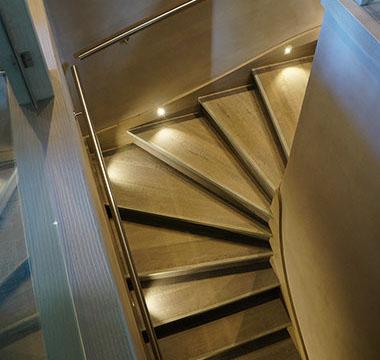 agencement-interieur-escaliers-au-bois-de-megeve (4)