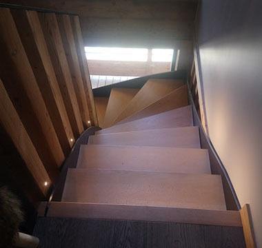 agencement-interieur-escaliers-au-bois-de-megeve (7)