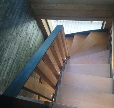 agencement-interieur-escaliers-au-bois-de-megeve (8)