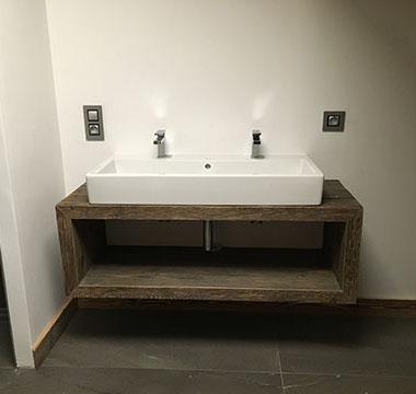 agencement-interieur-salle-de-bain-au-bois-de-megeve (1)